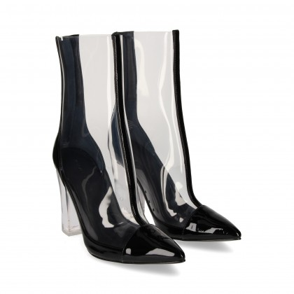 VINYL BOOT WITH BLACK PATENT LEATHER TOECAP
