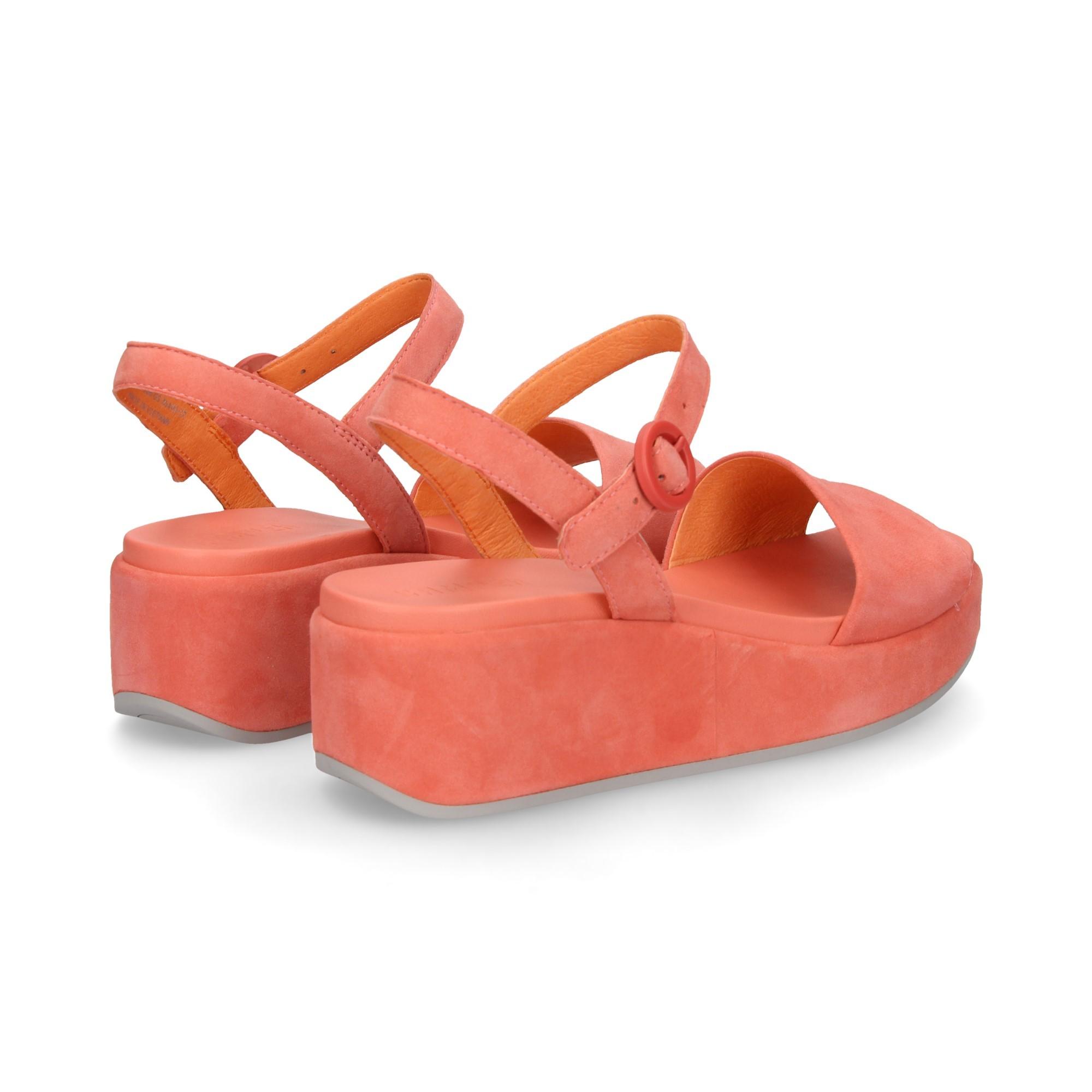 carmelita-ante-rosa