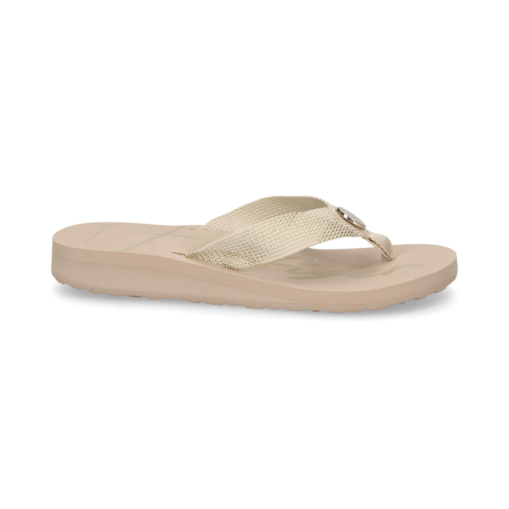 fit-flop-beige