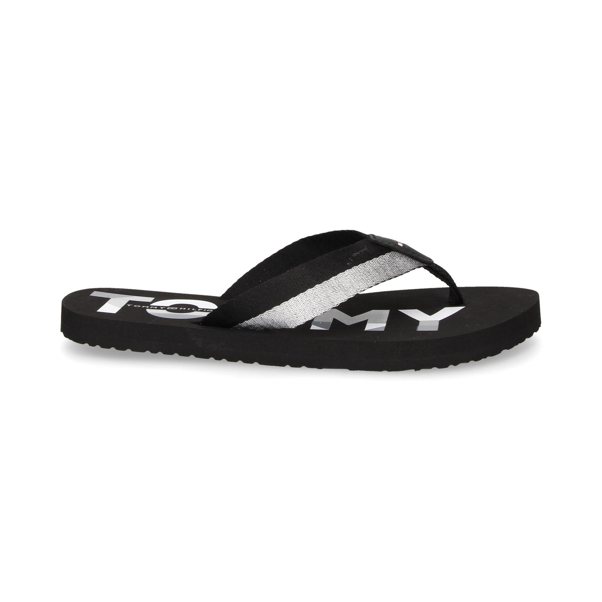 c5baf1a53 TOMMY HILFIGER Women s Flip Flops FW2957 990 BLACK