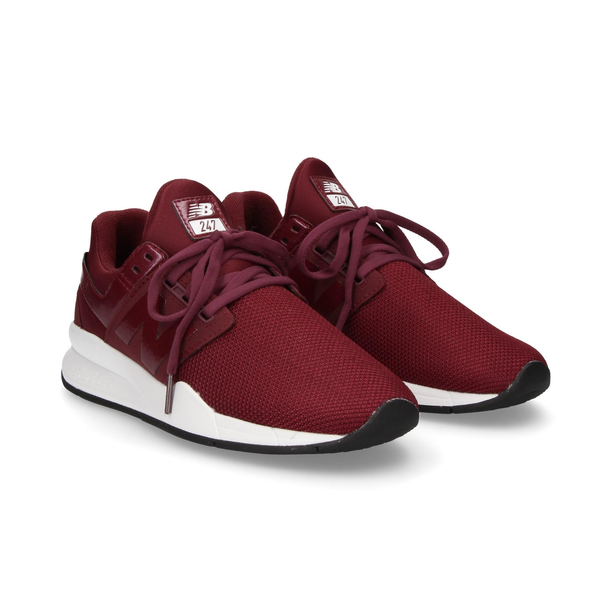 O después jaula aliviar  NEW BALANCE Women's Sneakers 247 UA