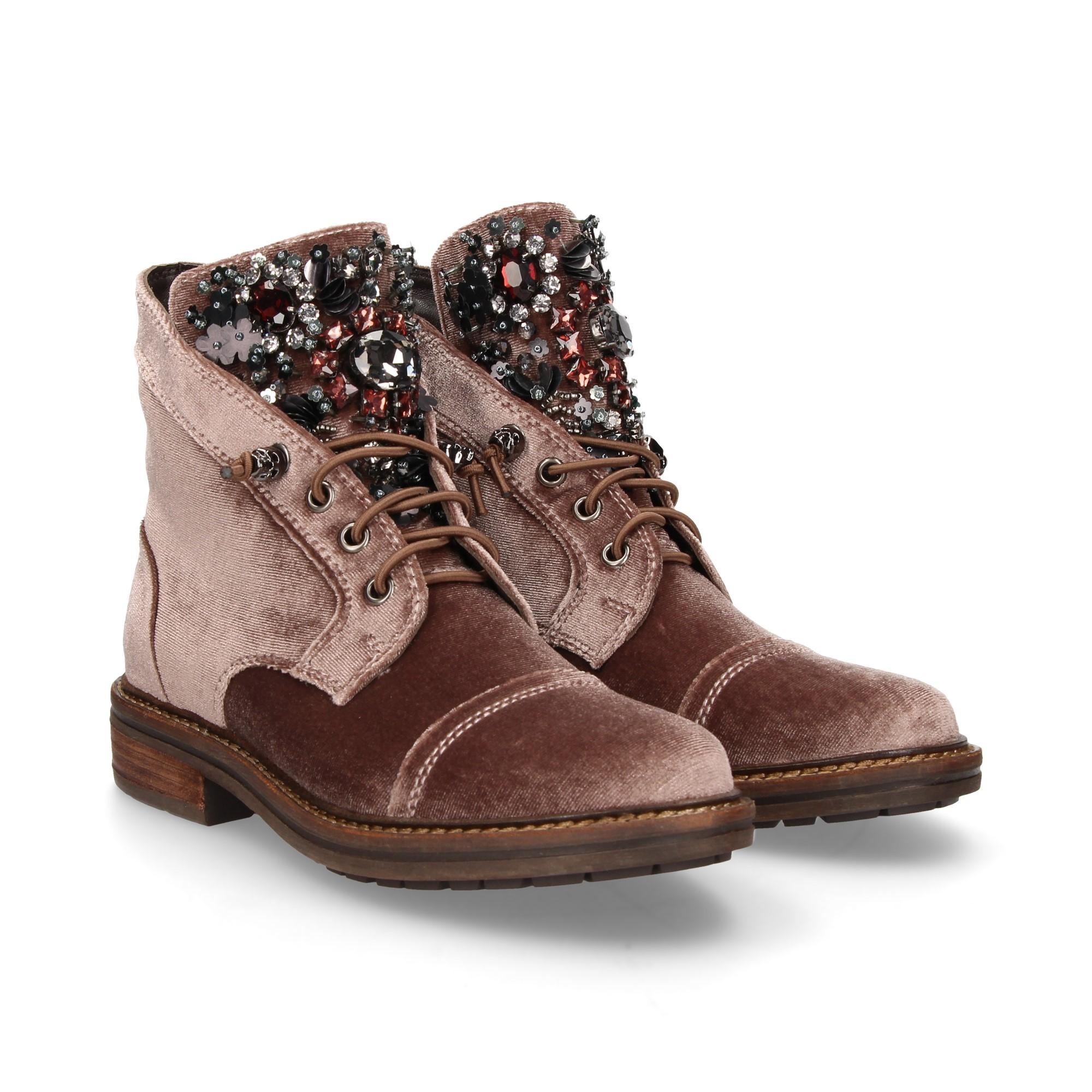 a733db99f ALMA EN PENA Women s flat ankle boots 399 NUDE