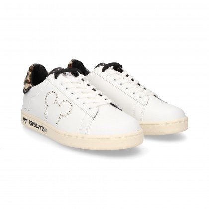 SPORT ACORD. MICKEY TACH IN PELLE BIANCA