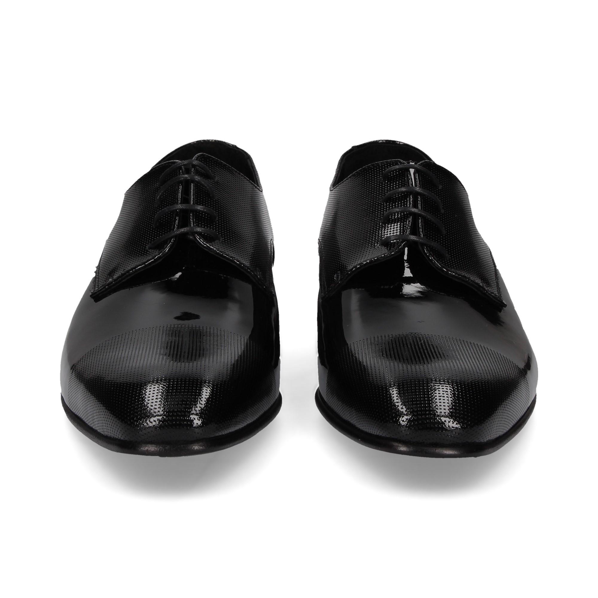 blucher-cordones-charol-negro