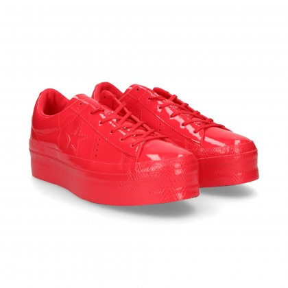 SPORTY RED PATENT LEATHER PLATFORM
