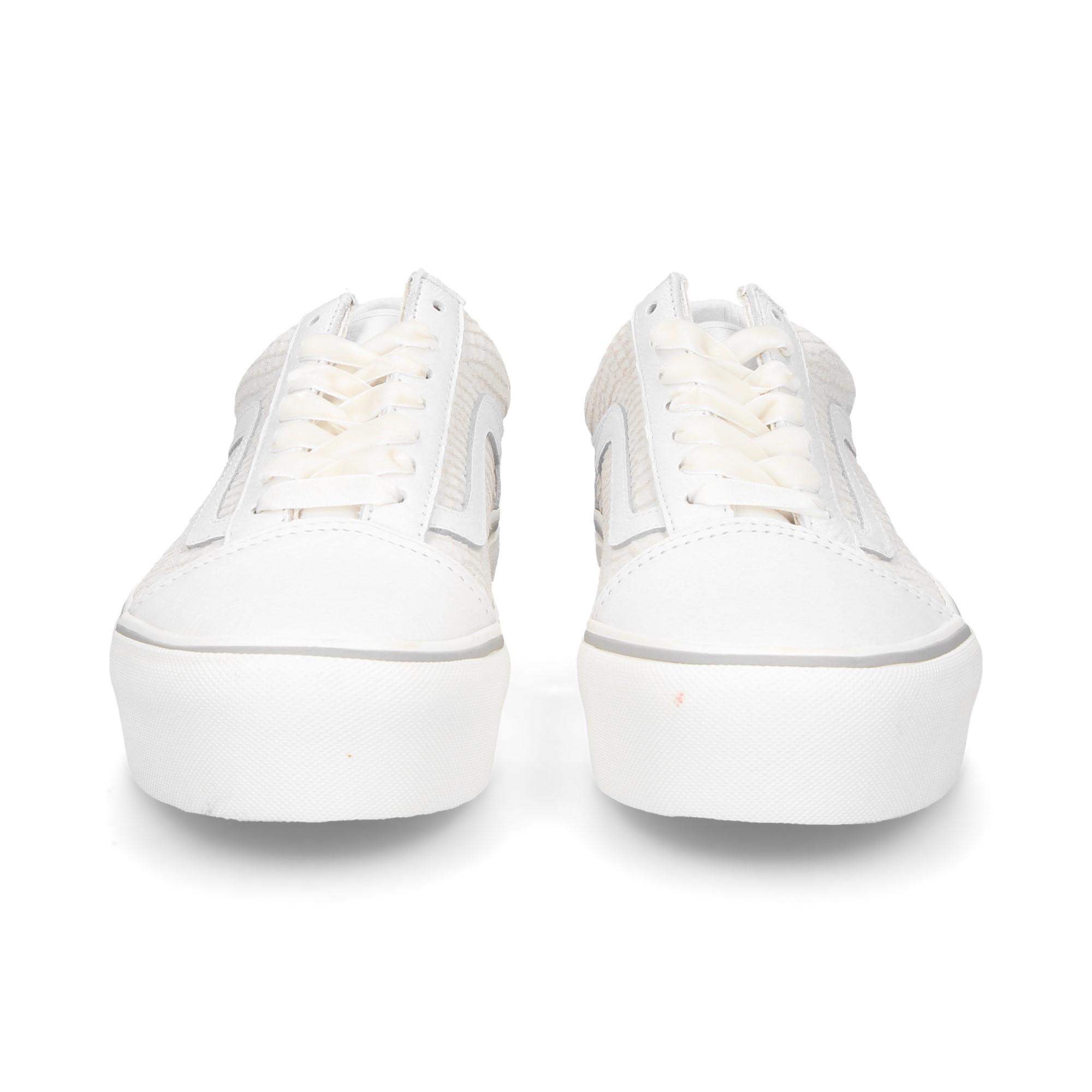 banda-blanca-tenis-piel-blanco