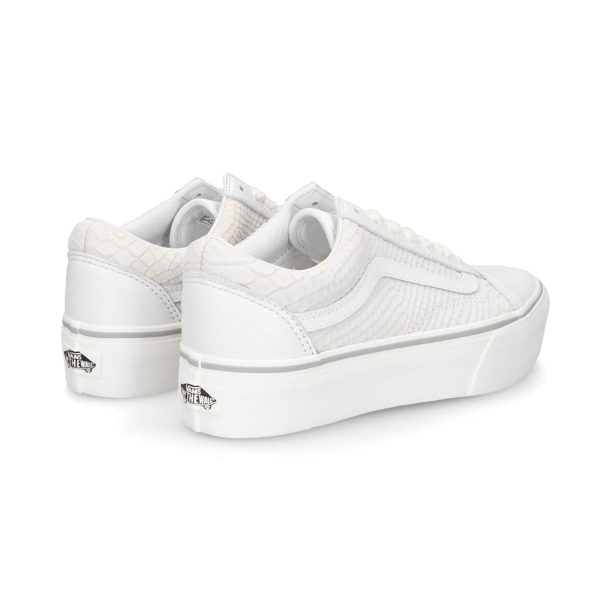 VANS Women s Sneakers VA3B3UUPK BLANCO 50d8663cfad
