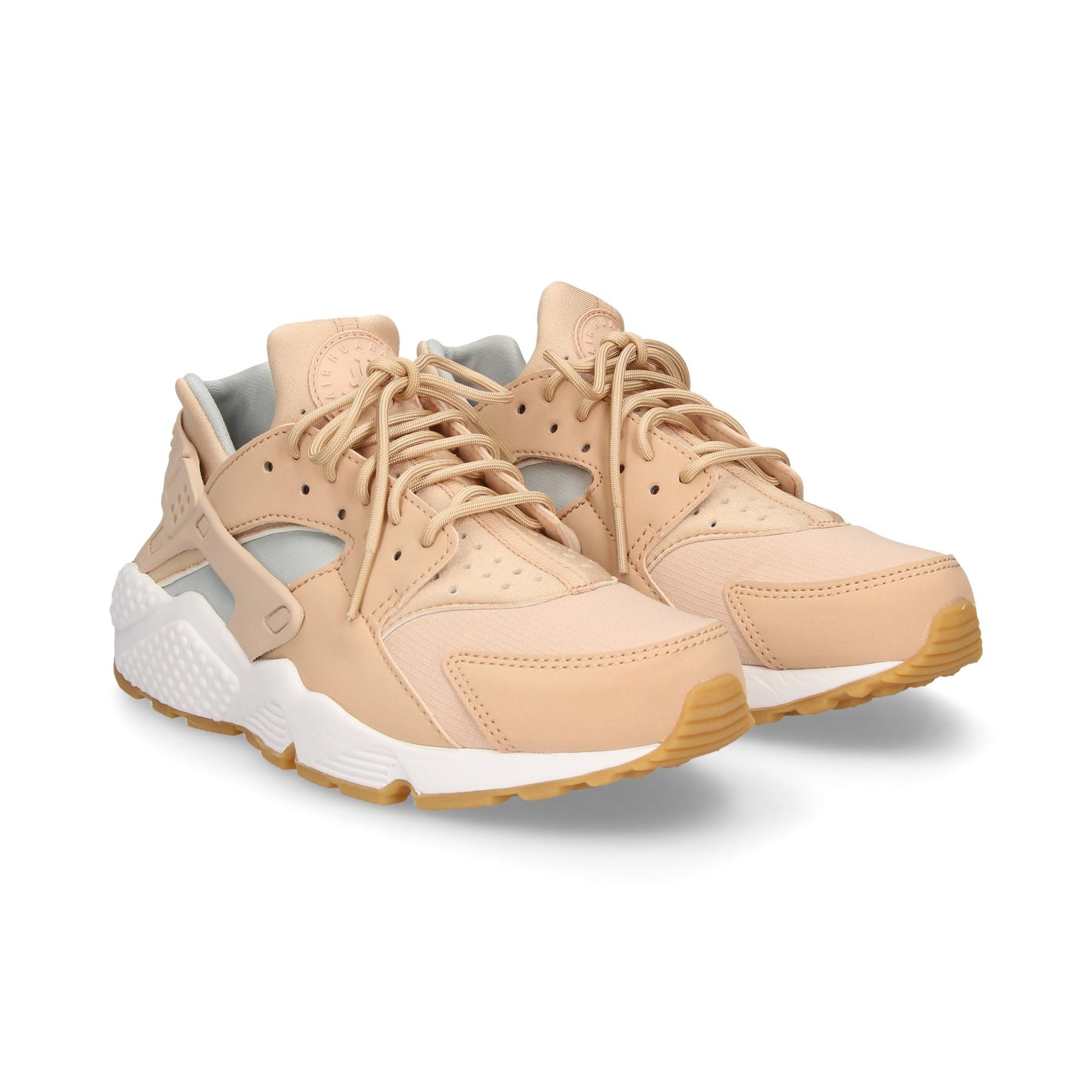 6a890f895e8846 NIKE Women s Sneakers 634835 204 BEIGE