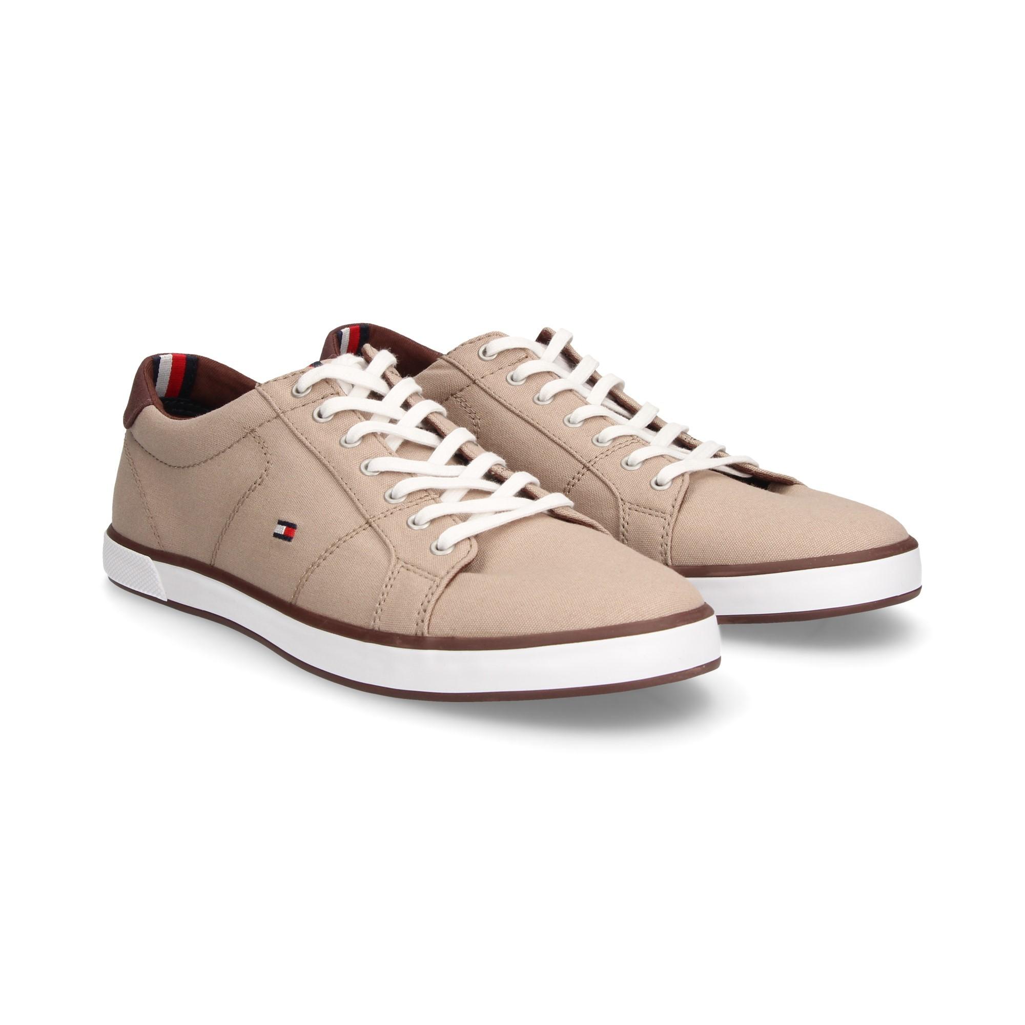 042fd6585d11 TOMMY HILFIGER Men s sneakers FM01536 068 COBBLESTONE