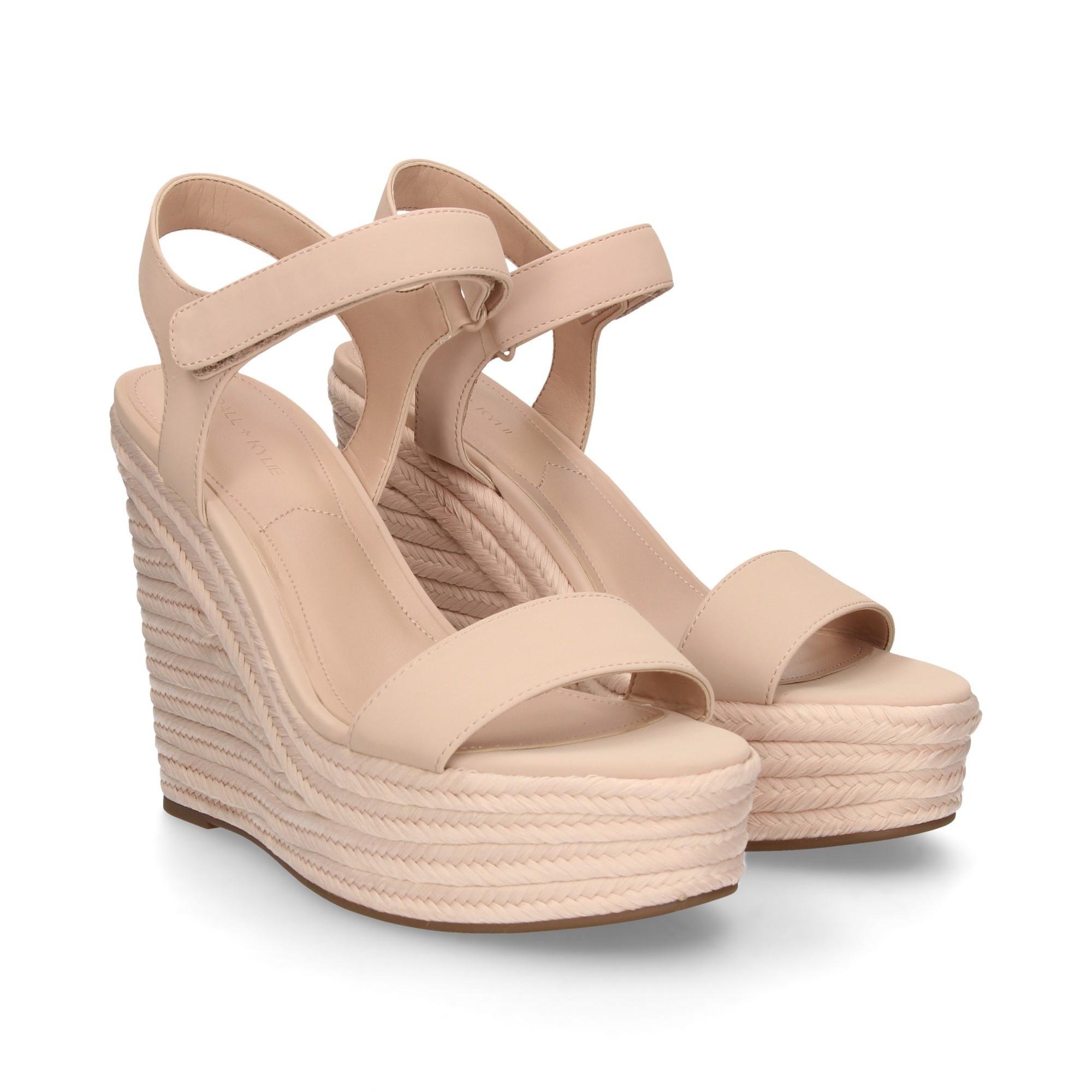 37b3274c98d28 KENDALL+KYLIE Women's wedge sandals KKGRANO2 24 SOFT PINK