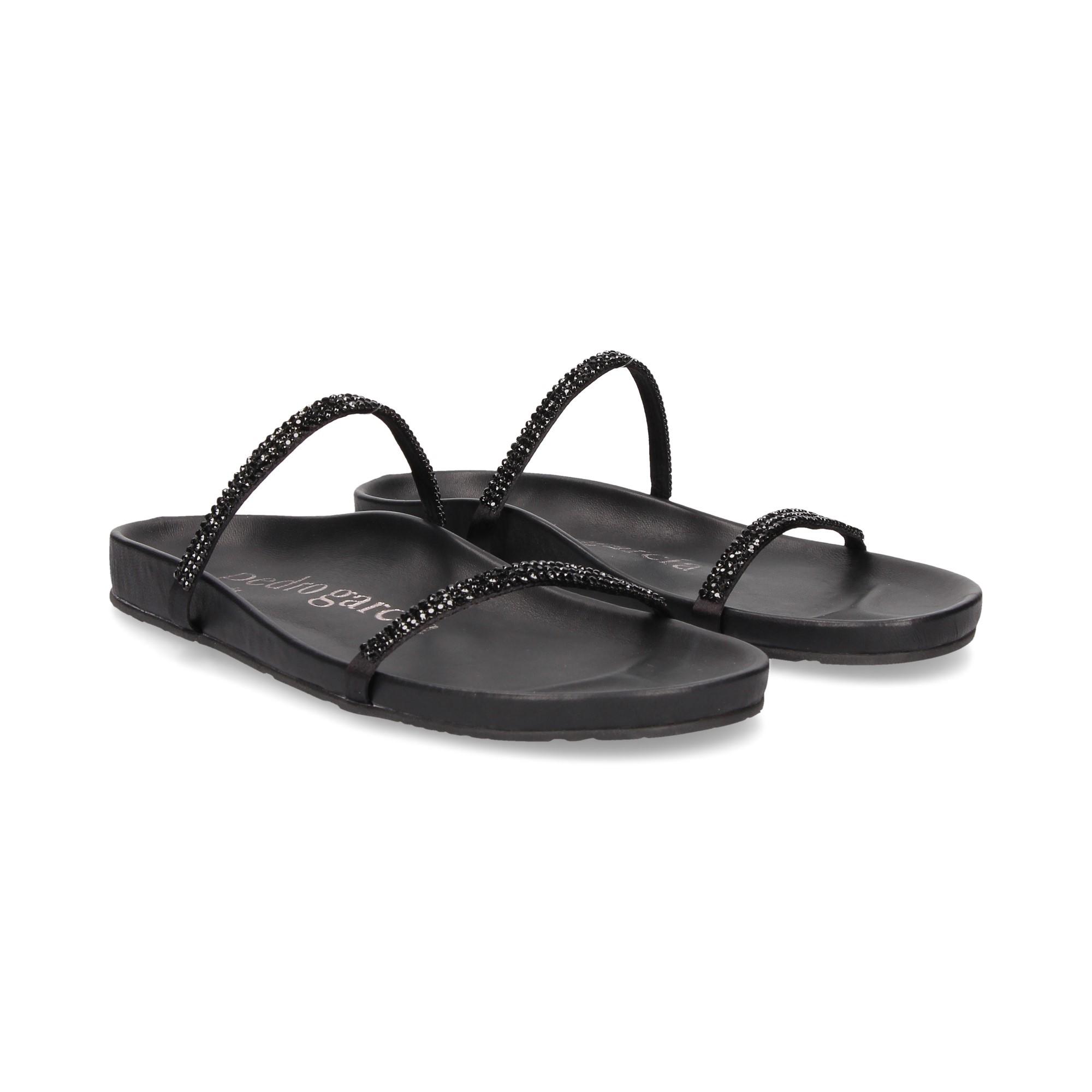 667c84ab9142 PEDRO GARCIA Women s Flat sandals AMANDA NEGRO