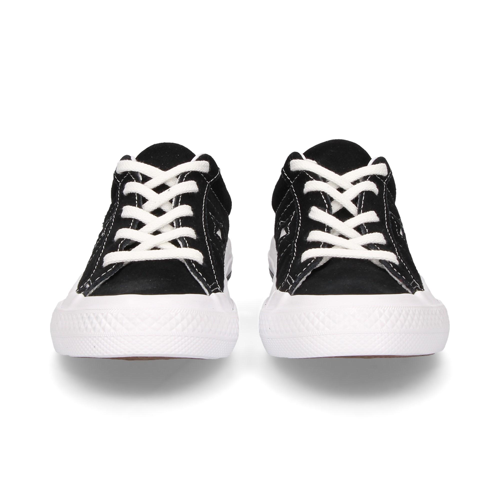 tennis-shoes-black-suede-lace