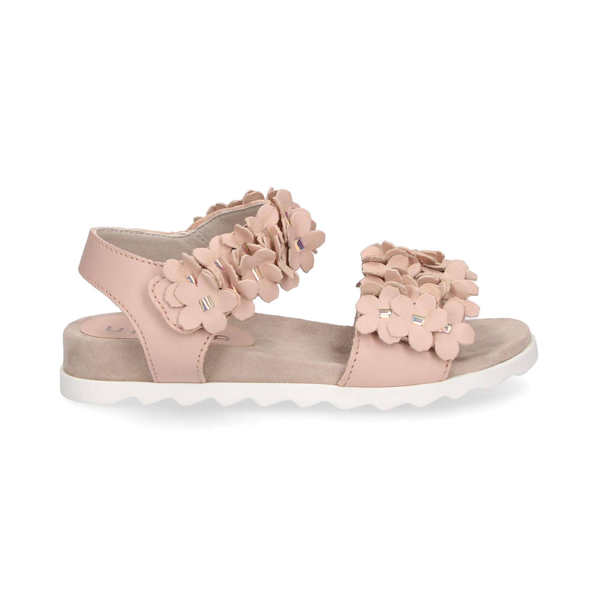 sandalia-flores-piel-rosa