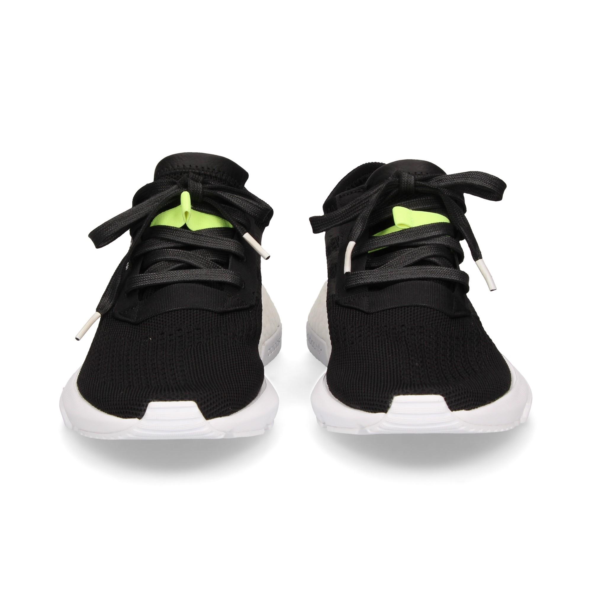 sporty-black-mesh