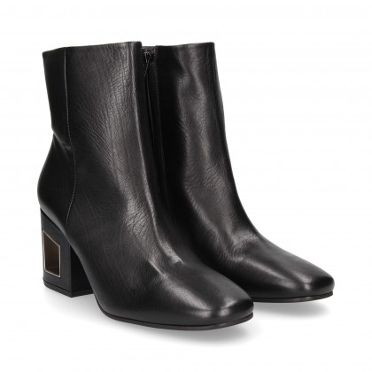 HOLLOW HEEL BOOT BLACK LEATHER