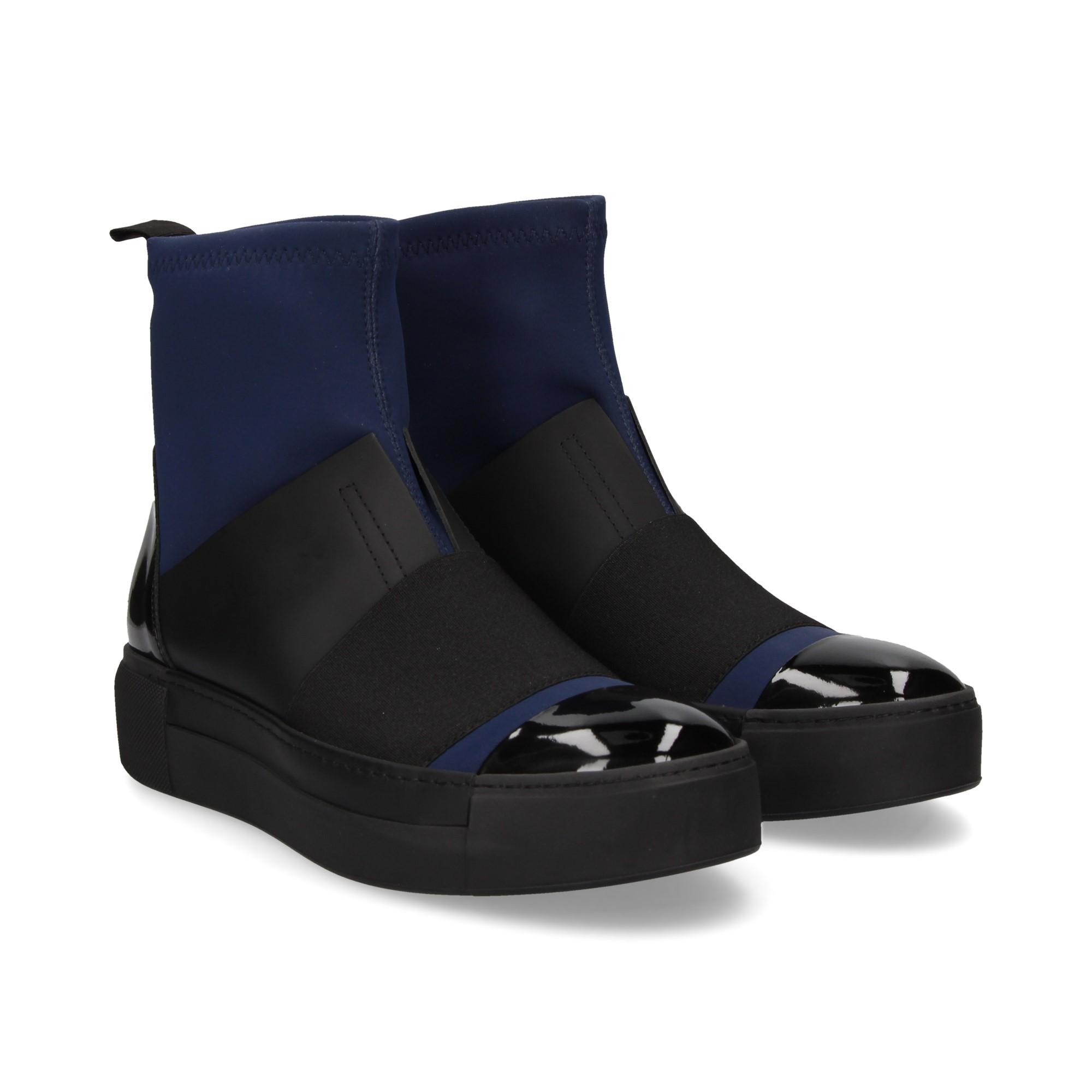 botin-neopreno-punta-elast-bicolor-azul