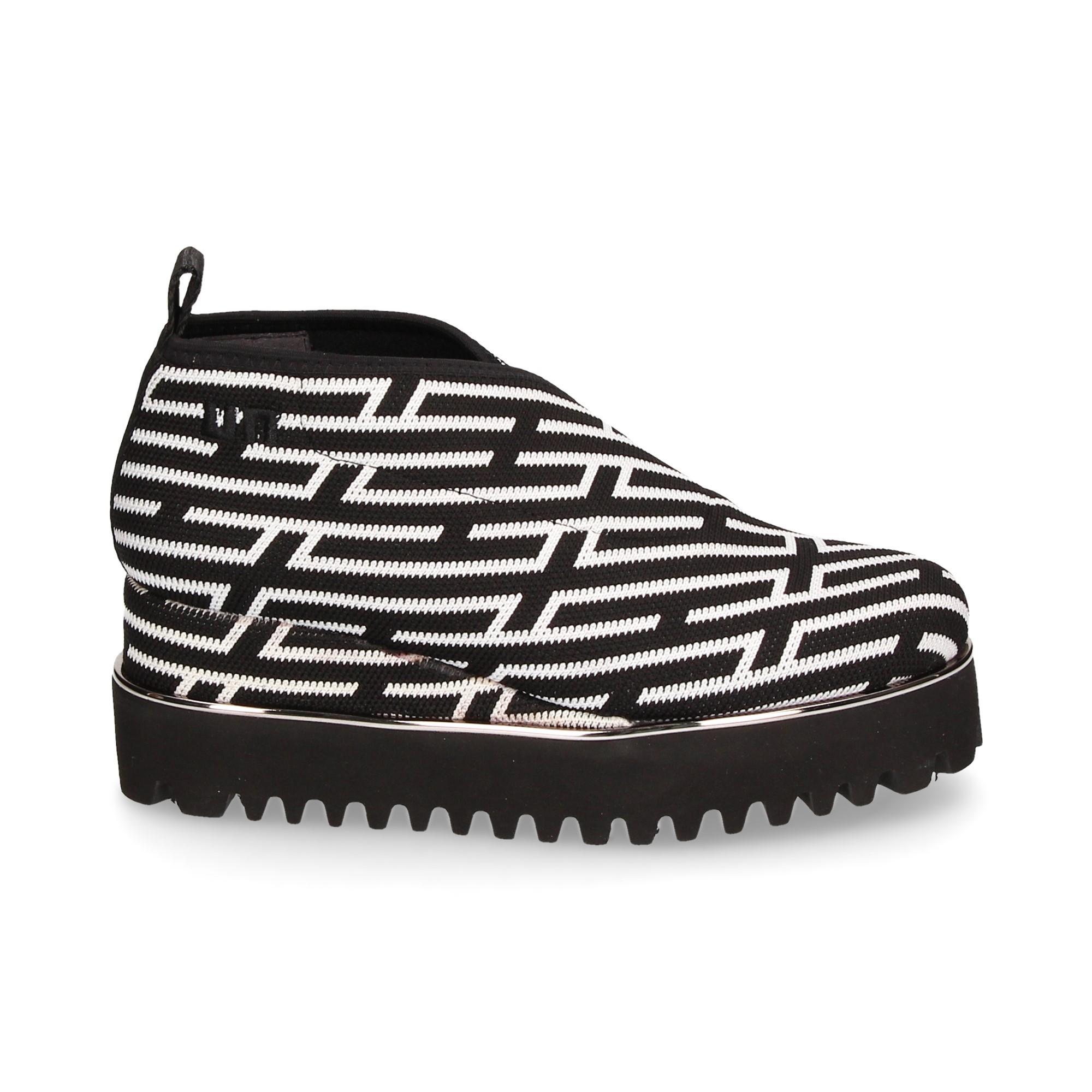 plataforma-tejido-blanco-negro